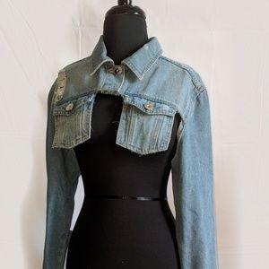 Cut off & distressed denim jacket